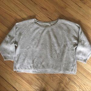 Brandy Melville cropped beige sweater O/S